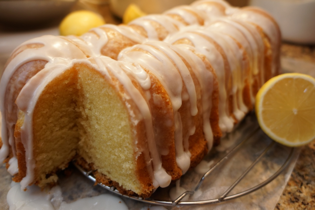 Lemon Polenta Pound Cake