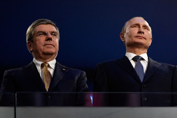 SOCHI, RUSSIA - FEBRUARY 23: Thomas Bach (L), President of the IOC and Russian President Vladimir Putin (R) attend the 2014 Sochi Winter Olympics Closing Ceremony at Fisht Olympic Stadium on February 23, 2014 in Sochi, Russia. (Photo by Pascal Le Segretain/Getty Images)