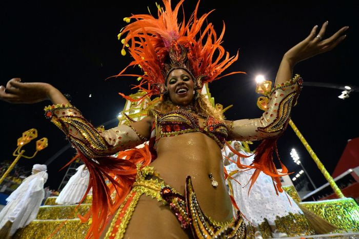 More than half a million foreign tourists visit Brazil for carnival every year (Photo Credit: Daily Mirror)