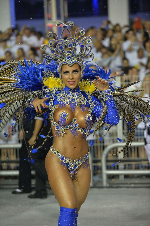 nude hot brazilian woman