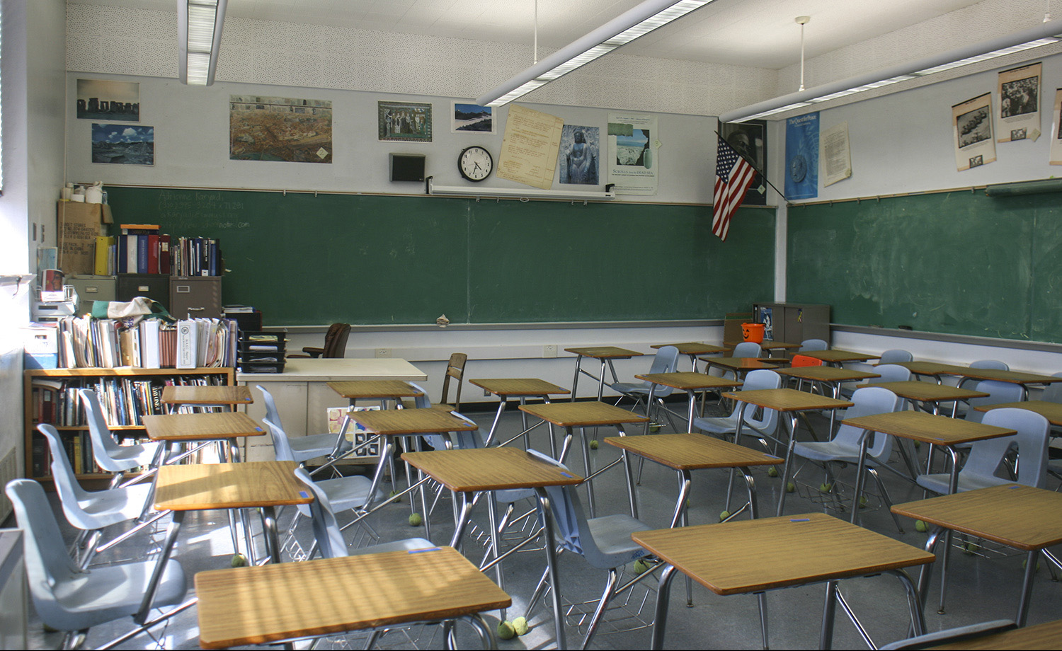 Female Teacher Shows Up To First Day Of School Drunk And Naked Pictured - The Trent -4508