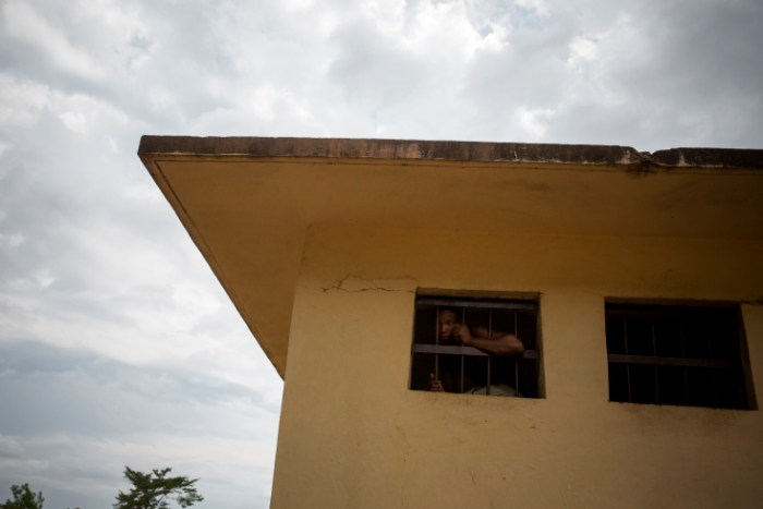 Bangui. The Kasaï jail in Bangui where detainees can regularly escape. The staff hasn't been paid for 6 months. One of the main problem for CAR now is that justice doesn't exist. The court doesn't work. Employees are not paid. (Photo Credit: William Daniels/Panos)