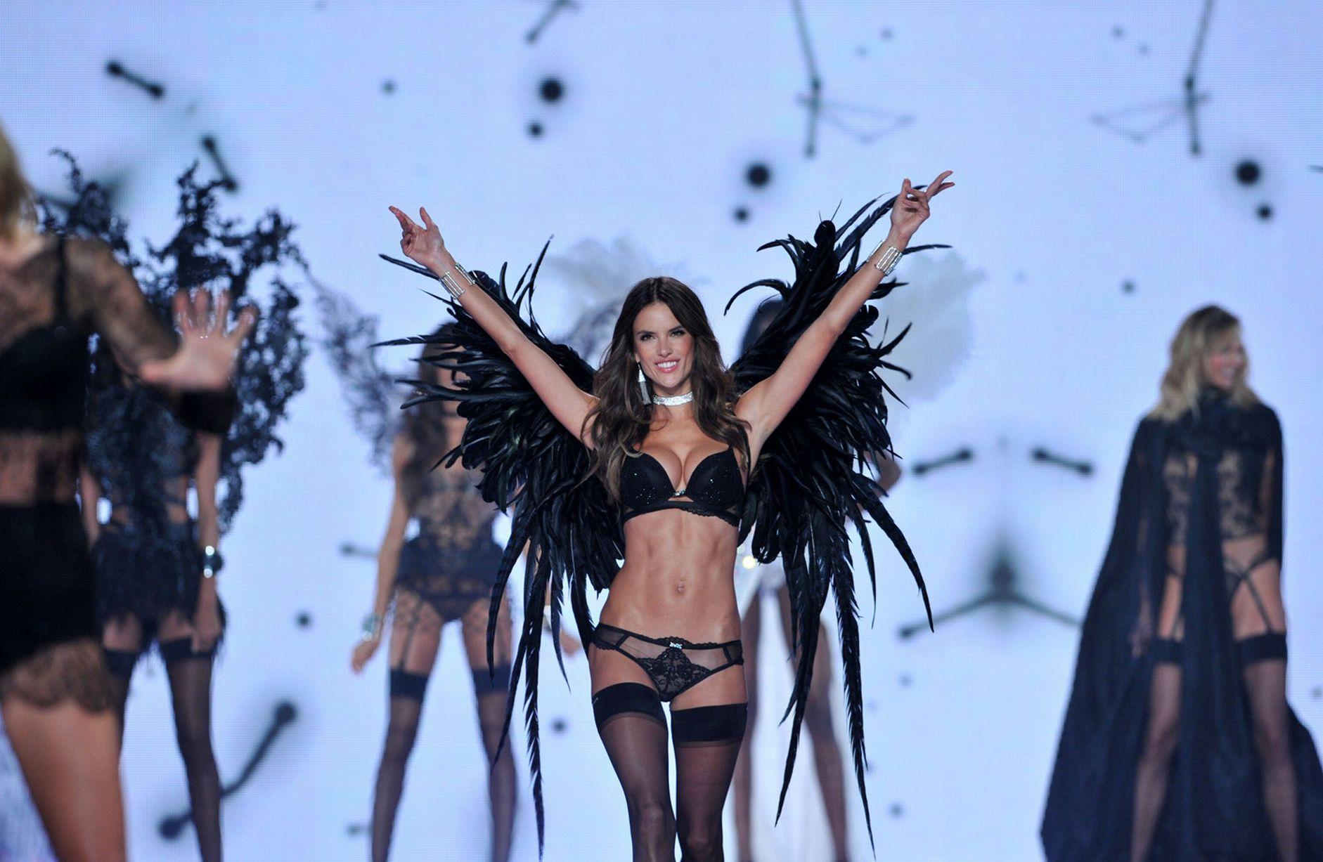 Victorias-Secret-Fashion-Show-2014 (6)