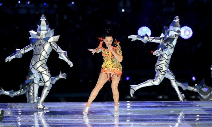 Katy Perry's Super Bowl Performance on Sunday, February 1, 2015 (Photo credit: (The Guardian News)