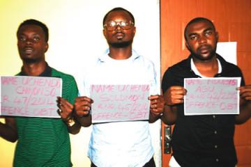 The three suspects of Solomon Uchendu, NYSC member Ndubisi Agu, undergraduate and Uchendo Chikwadu for internet scam. (Photo Credit:EFCC)