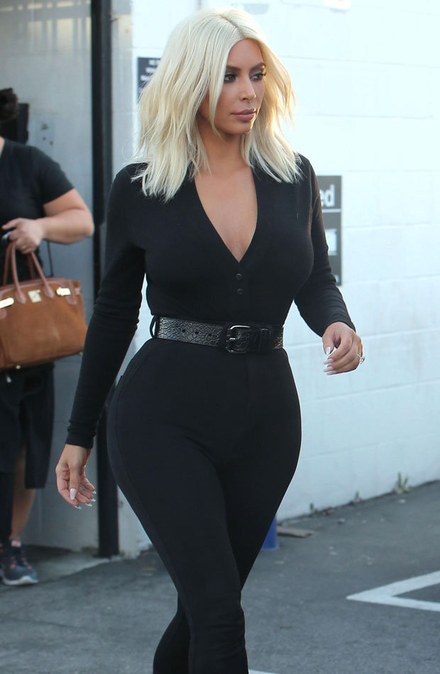Kim Kardashian S Huge Butts Pictured Without Pants In A Black Sexy Outfit At Los