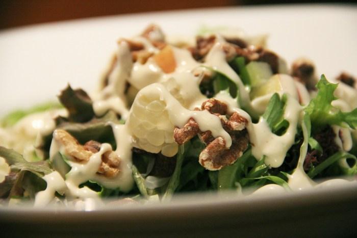 salads-237936_1920
