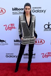 LAS VEGAS, NV - MAY 17: Model Kendall Jenner attends the 2015 Billboard Music Awards at MGM Grand Garden Arena on May 17, 2015 in Las Vegas, Nevada. (Photo by Larry Busacca/BMA2015/Getty Images for dcp)