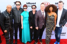 LAS VEGAS, NV - MAY 17: Simple Minds arrive for The 2015 Billboard Music Awards on May 17, 2015 in Las Vegas, Nevada. (Photo by Gabriel Olsen/Getty Images)