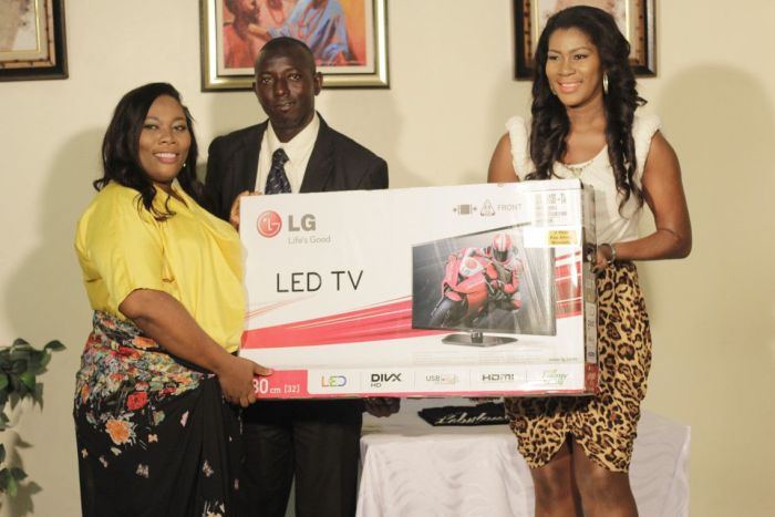 Stephanie Linus and The couple (Credit: )