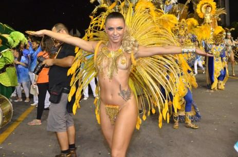 Samba girl posing nude #4