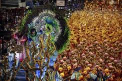 Members of the Samba Unidos de Vila Isabel perform during the carnival parade in the streets of Rio de Janeiro, Brazil, 15 February 2015. The Rio de Janeiro Samba Schools celebrated the Carnival in Rio de Janeiro with some 4,000 dancers and musicians. EPA/LUIZ EDUARDO PEREZ