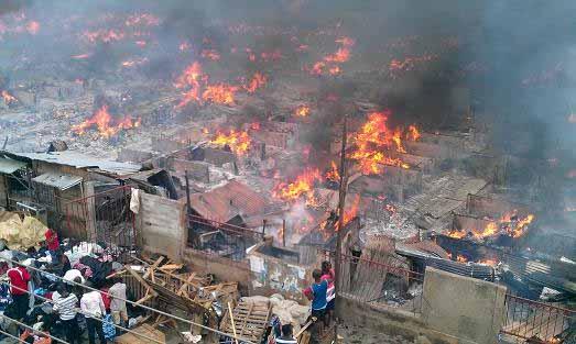 Fire guts Ajah Market (Credit: Nairaland)