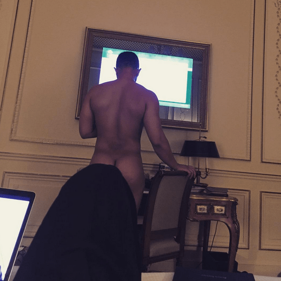 John Legend's Wife, Chrissy Teigen on Tuesday, July 7, 2015 shared his nude photo during their trip in Paris. (Photo Credit: Chrissy Teigen /Instagram)
