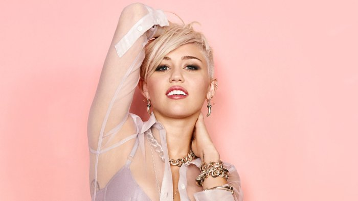 Pop singer, Miley Cyrus