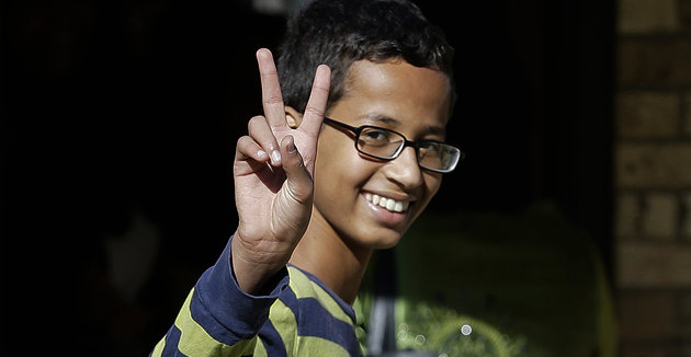 Ahmed Mohamed, 14, gestures as he arrives to his family's home in Irving, Texas, Thursday, Sept. 17, 2015. | AP/LM Otero