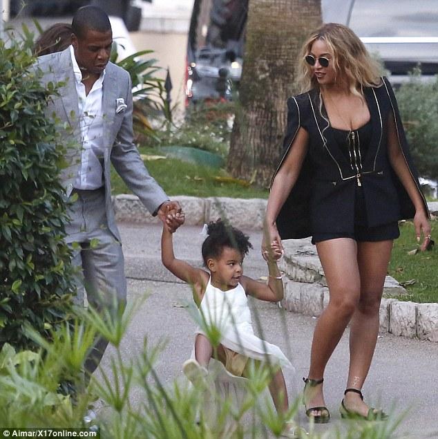 Beyonce-JayZ-Blue-7