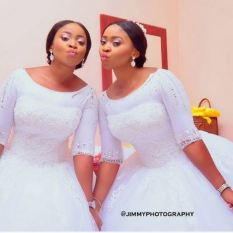 identical twin sisters got married same day last December in Benin, Edo State | JimmyPhotography