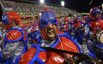 rio-carnival-super_2841189k
