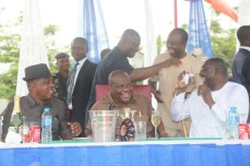 Governor Nyesom Wike and other PDP chieftains at a praise session to the Almighty for grace granted the party in Rivers over the weekend. The party won the legislative rerun elections which held on March 19, 2016 | Oraye St. Franklyn