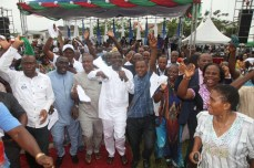 Spirit of David: Rivers State PDP Chairman, Bro Felix Obuah leads a praise and dance session at the thanksgiving session for victory at Rivers legislative rerun elections held on March 19, 2016   Oraye St. Franklyn