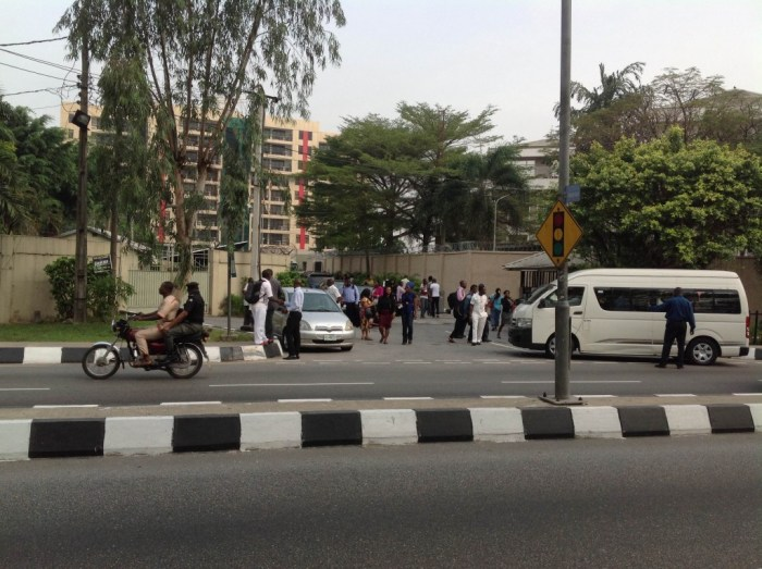 NNPC Office,Ikoyi barricaded by PENGASSAN members | Mansur Ibrahim/The Cable