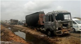 The scene where 13 persons were killed along Lagos-ibadan expressway as petrol tanker rammed into FulanThe scene where 13 persons were killed along Lagos-ibadan expressway as petrol tanker rammed into cows. herdsmen Cattle | DaThe scene where 13 persons were killed along Lagos-ibadan expressway as petrol tanker rammed into FulanThe scene where 13 persons were killed along Lagos-ibadan expressway as petrol tanker rammed into cows. herdsmen cattle|DaThe scene where 13 persons were killed along Lagos-ibadan expressway as petrol tanker rammed into Fulani herdsmen cattle| Daily Post
