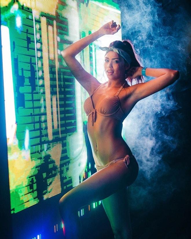 Ivana Esther Robert Smit model