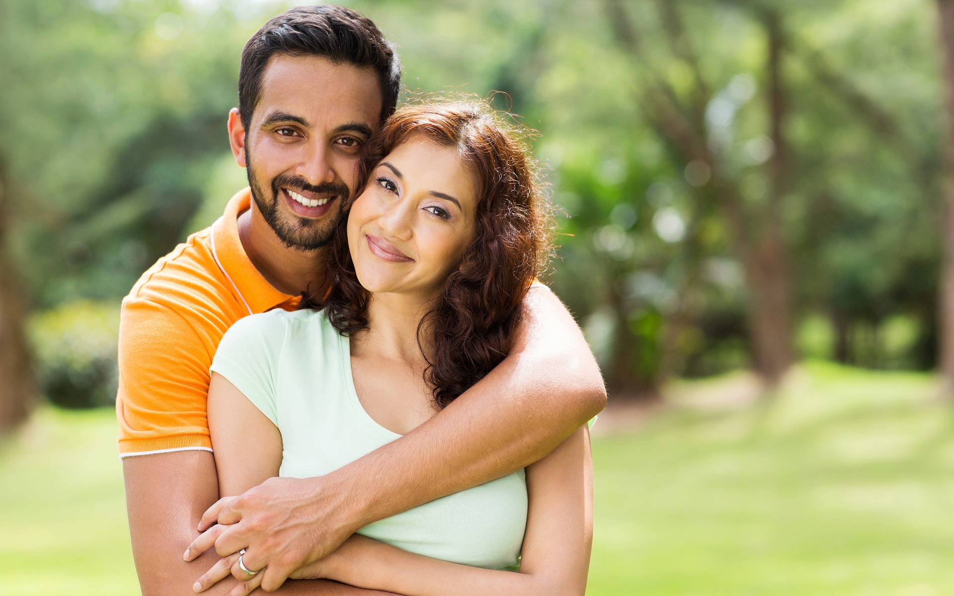 happy-couple,nari