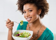diet foods women eating weight woman eating vegetables