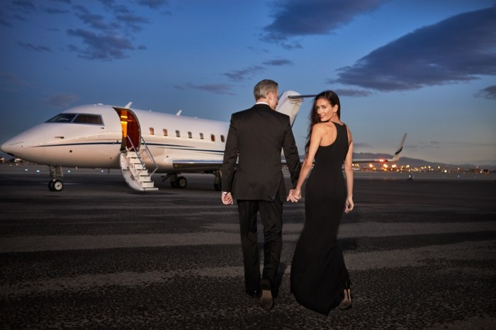 agent Couple Private Jet Luxury Travelling Couple_Gala_Runway_0023_WEB_FINAL_V1_Fotor
