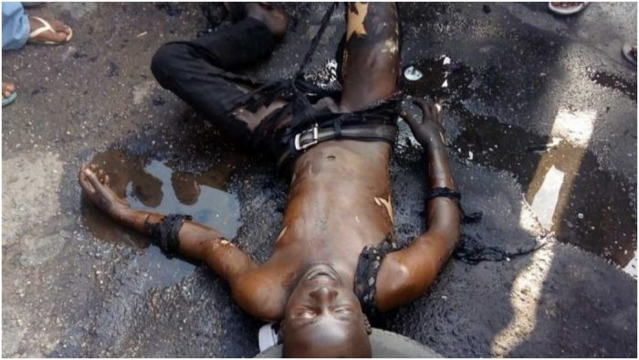 A man believed to be in his early 20s Wednesday afternoon, set himself ablaze in the Omole Phase 1 area of Ojodu, Lagos.  The man, whose identity has not be confirmed,