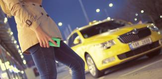 startups taxi smartphone apps airport taxi