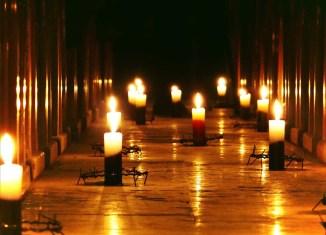 Christians candles coronavirus
