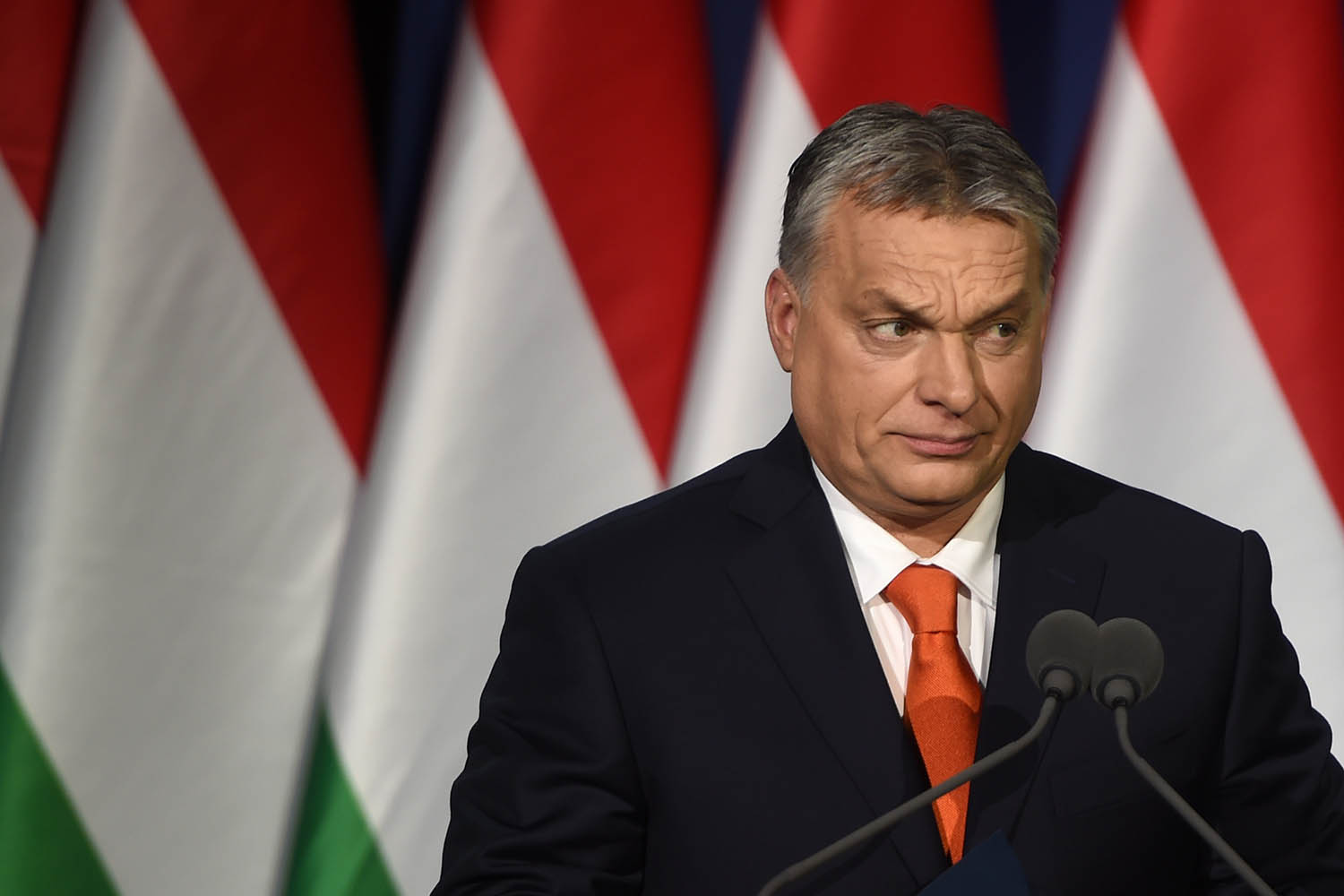 """The Hungarian government has decided to maintain the restriction on mass events attended by more than 500 people after Aug. 15, Gergely Gulyas, head of the Prime Minister's Office, said here on Thursday. """"Our goal is to curb the second wave of the epidemic so that the school year can start normally on Sept. 1,"""" […]"""