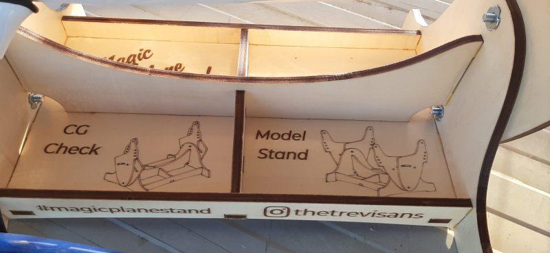 Magic Model Stand