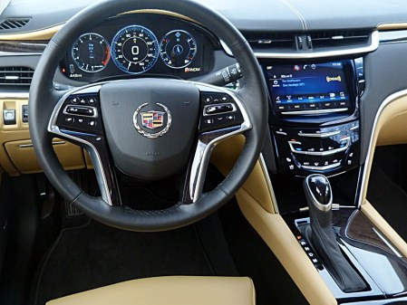 XTS instrument panel, picture courtesy Michael Karesh