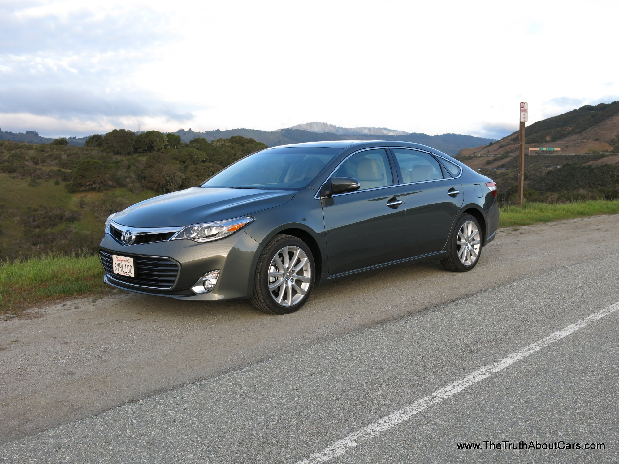 2013 toyota avalon limited exterior front 3 4 picture courtesy of alex