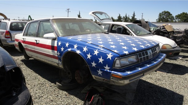 14 - 1989 Oldsmobile 98 Regency Junkyard Find - picture courtesy of Murilee Martin