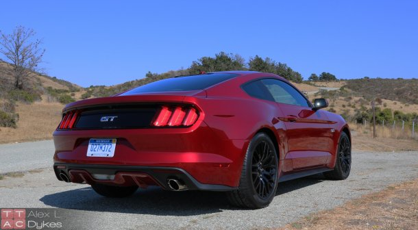 2015 Ford Mustang Exterior-003