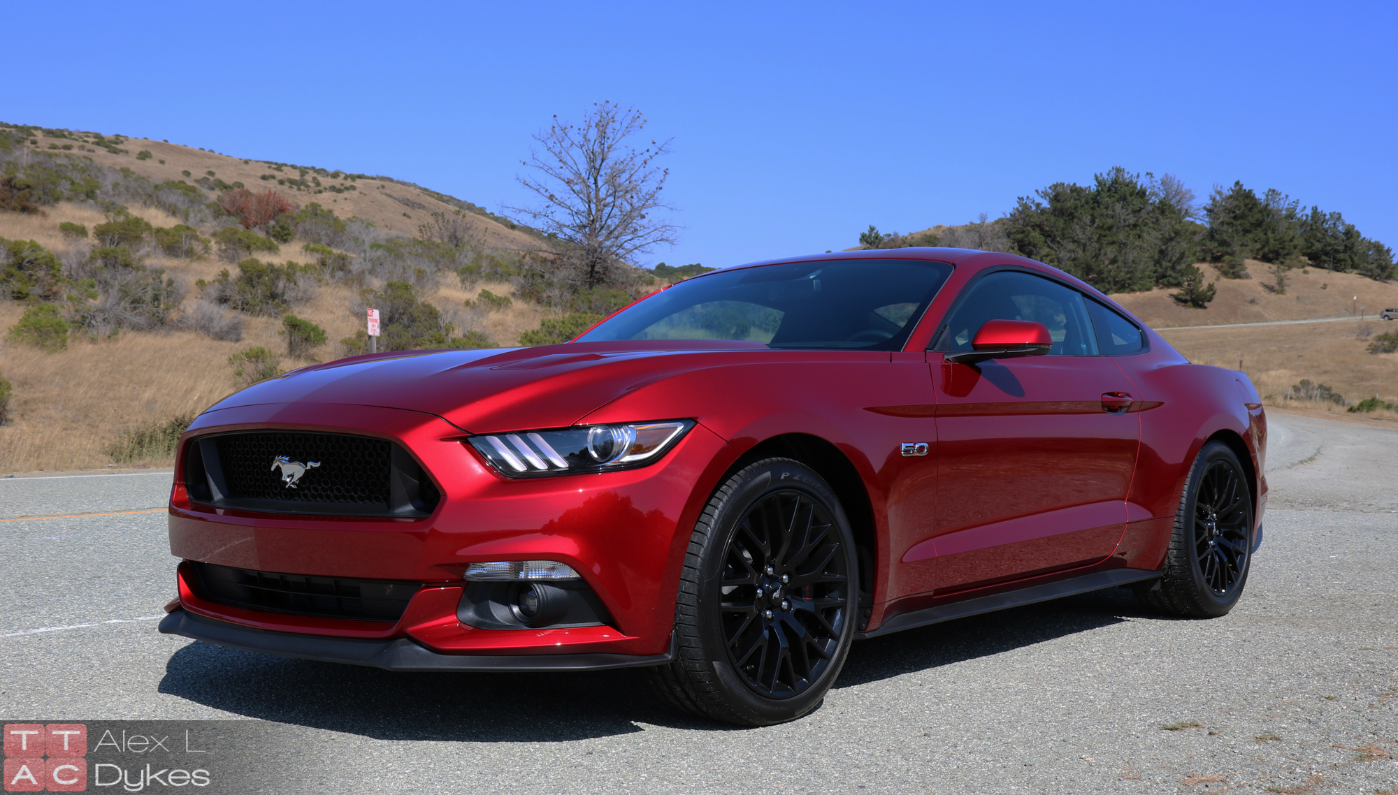 2015 ford mustang gt review no longer a one trick pony. Black Bedroom Furniture Sets. Home Design Ideas