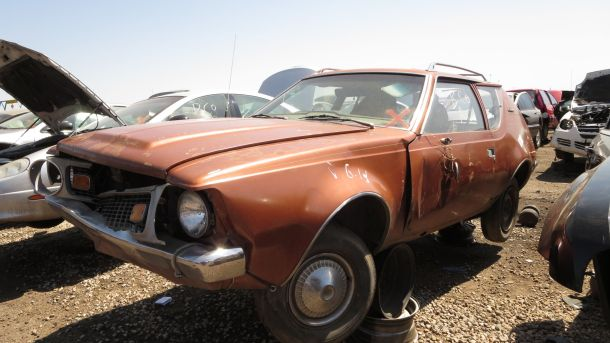 1971 American Motors Gremlin in Colorado junkyard, LH front view - ©2016 Murilee Martin - The Truth About Cars