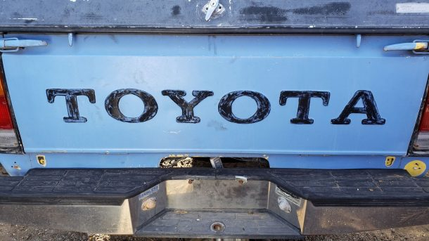 1978 Toyota Pickup in Colorado wrecking yard, tailgate - ©2019 Murilee Martin - The Truth About Cars
