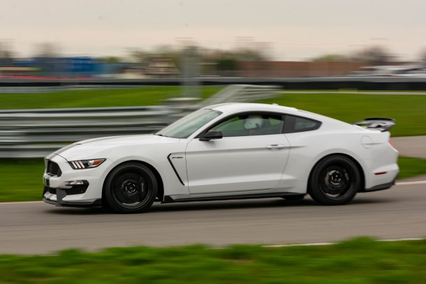 2019 Ford Mustang Shelby GT350 Oxford White On Track