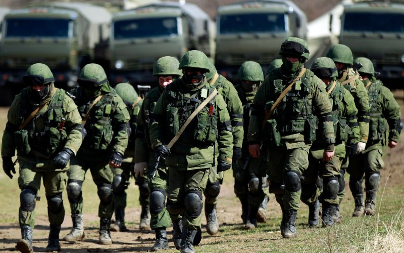 Russian troops on 'exercises' near the border with Ukraine in 2014.