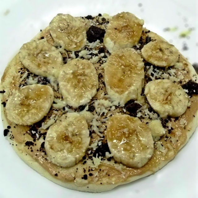 """Choco Banana Cheese Pizza"""