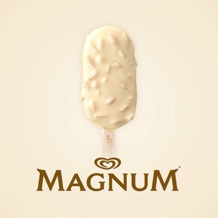 Magnum White Chocolate Almond