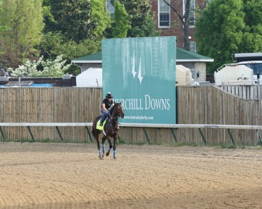Mo Tom at Churchill Downs - Coady Photography