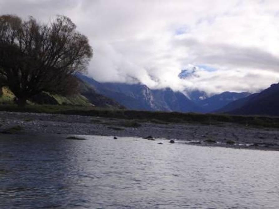 Makarora River, view upstream.