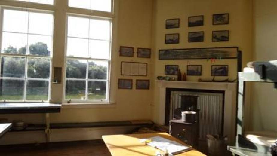 Port Craig schoolhouse, our warm, dry home for a night. On the wall are photos of 1920's students – see last year's post 9&10/04 2104.